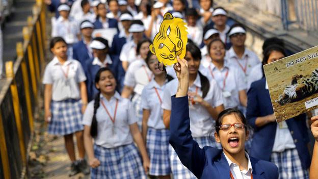 Protestierende Menschen in Indien.