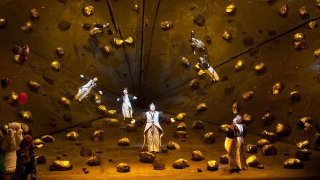 Bühnenbild, Inszenierung und Kostüme: Achim Freyer