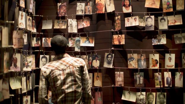 Fotos von Kriegsopfern im «Genocide Memorial Centre» in Kigali, Ruanda.