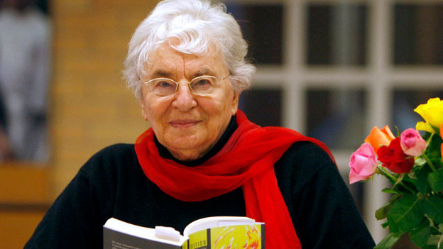 Ruth Weiss.
