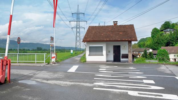 Grenzübergang zwischen der Schweiz und Österreich bei Koblach.