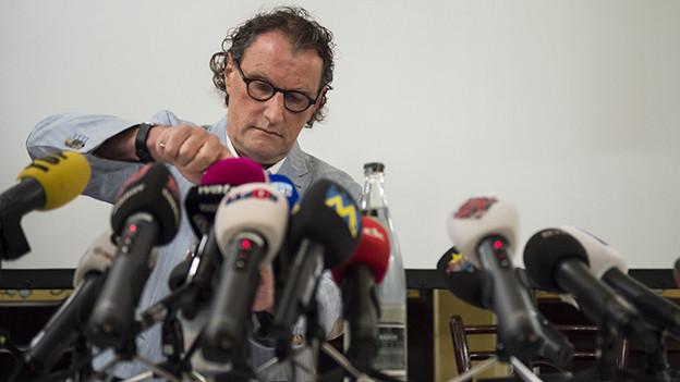 Geri Müller bei einer Pressekonferrenz