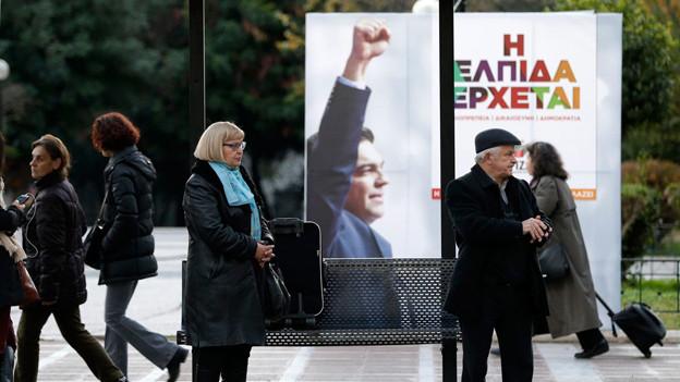 Wahlplakat von Alexis Tsirpas mit dem Slogan, zu Deutsch «Die Hoffnung kommt».