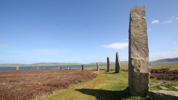 Der «Ring von Brodgar» auf der Insel Orkney in Schottland.