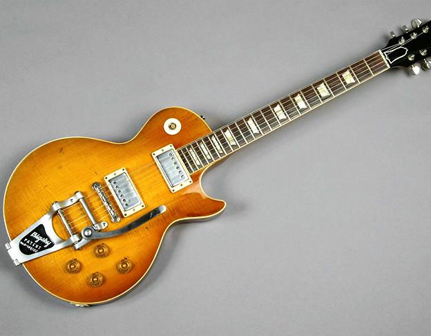 Die E-Gitarre Les Paul wird seit 1952 von der US-amerikanischen Firma Gibson hergestellt.