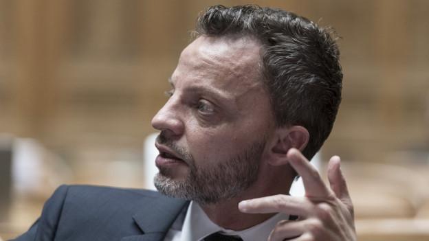 Kontext: Hans-Ueli Vogt diskutiert mit Andreas Glaser und Johan Rochel über die Notwendigkeit eines nationalen Verfassungsgericht.