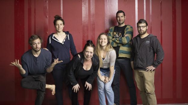 Das Mummenschanz-Ensemble um Floriana Frassetto