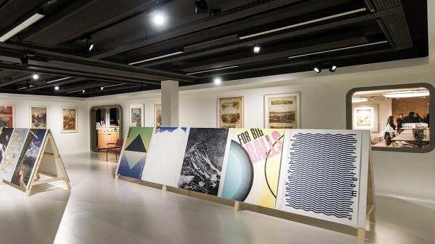 Ein Ausstellungsraum im Berner Alpinen Museum