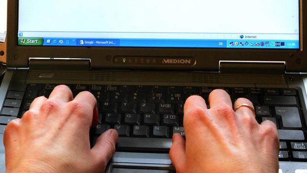 Menschen mit Leseschwäche finden im Internet leichter elsbare Nachrichten.