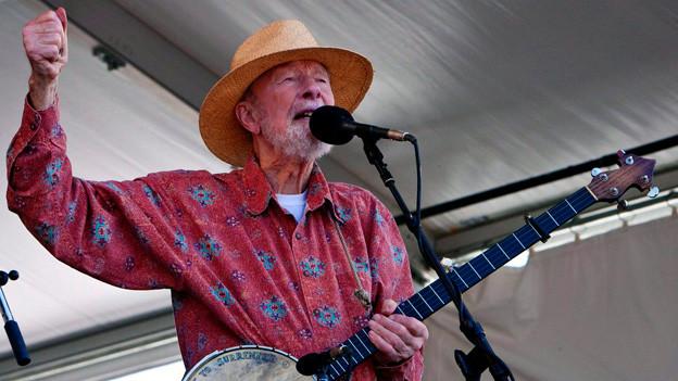 Der Folk-Sänger Pete Seeger ist gestorben.