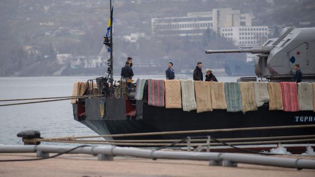 Ein ukrainisches Schiff im Hafen von Sevastopol.