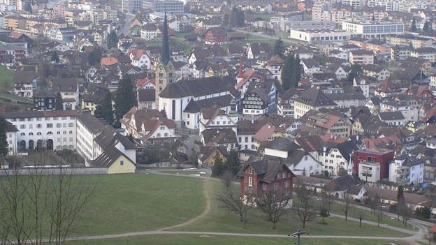 Das Bild zeigt eine Luftansicht von Stans.