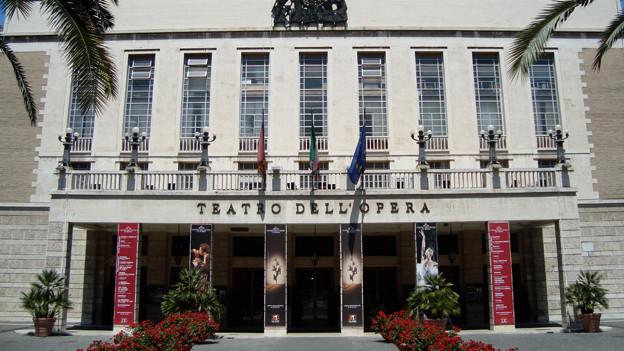 Blick auf das Teatro dell'Opera