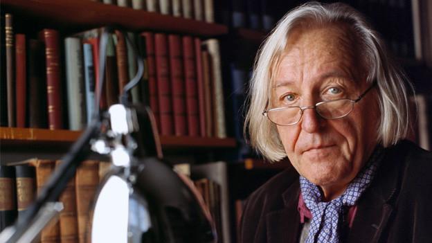 Portrait von Hans Saner.