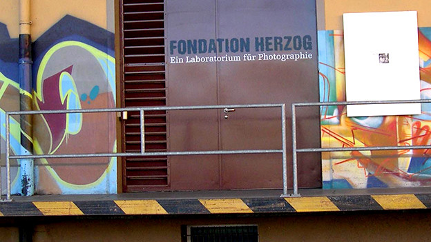 Eingang der Fondation Herzog.