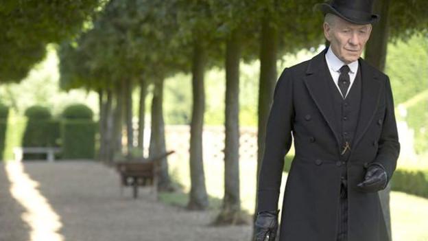 Filmstill aus «Mr. Holmes», gespielt von Ian McKellen.