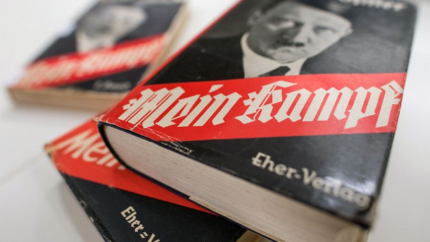 Buchdeckel von Hitlers «Mein Kampf».