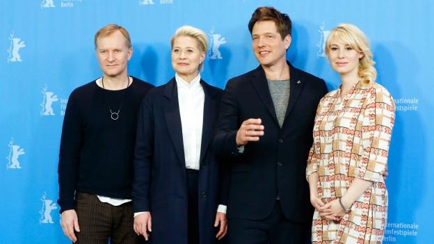 Vier Schauspieler die im neuen Film «The Commune - Kollektivet» mitspielen an der Berlinale.