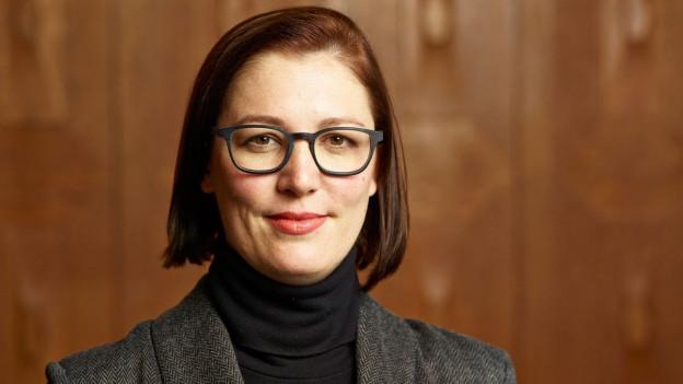 Porträt von Anita Zielina, der «Chefredaktorin Neue Produkte» bei der NZZ.