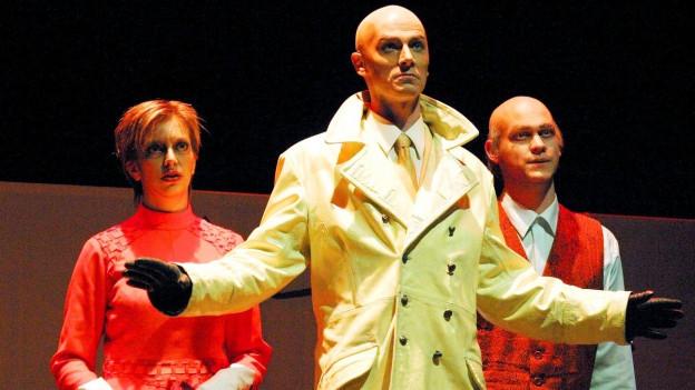 Szene aus einer Aufführung der Oper «Die Schweizer Familie»