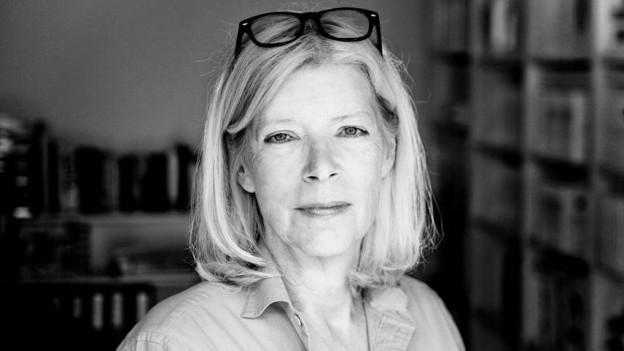 Porträt der Autorin und Verlegerin Anne Rüffer.