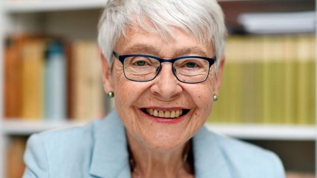Porträt der Publizistin und Autorin Klara Obermüller.