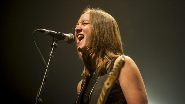 Der Schweizer Musikpreis geht an Sophie Hunger