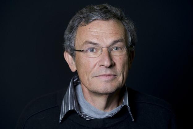 Unter anderem ist auch Charles Lewinsky auf der Shortlist des Schweizer Buchpreises 2016.