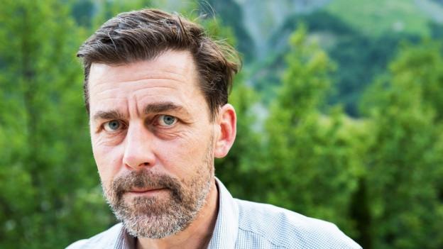 Porträt des Schweizer Schriftstellers Peter Stamm.