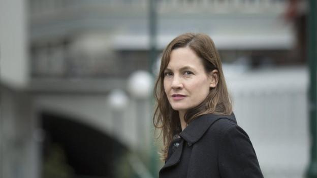 Die Zürcher Schriftstellerin Mireille Zindel wirft einen Blick ins Feuilleton.