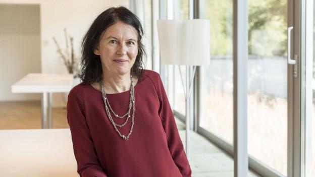 Die Zukunftsforscherin Karin Frick wirft einen Blick ins Feuilleton und auf die Welt von morgen.
