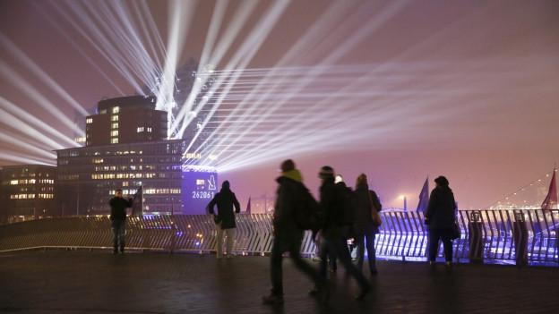 Das erste offizielle Konzert in der Elbphilharmonie in Hamburg erklingt am 11.1.2017.