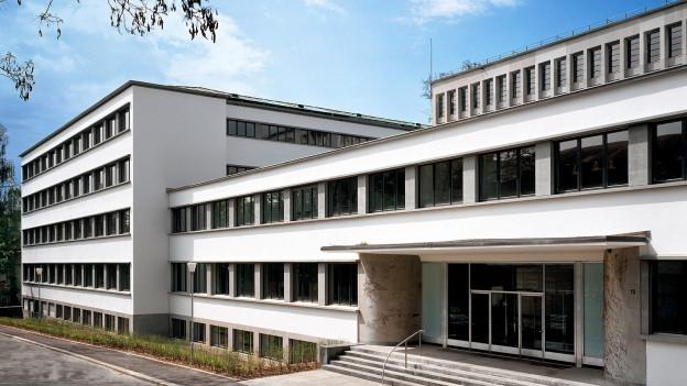 Die Schweizerische Nationalbibliothek steht ungewollt im Rampenlicht.