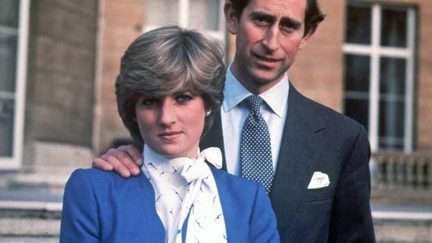Ein Portrait von Lady Diana mit Prinz Charles in jungen Jahren