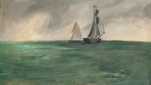 Blick auf das Meer, am Horizont zwei Segelboote