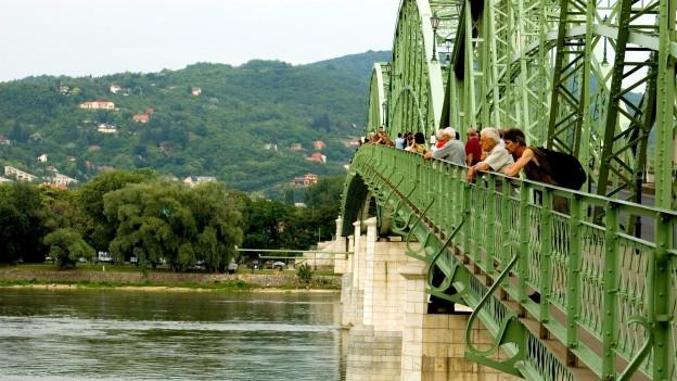 Brücke über Donau.
