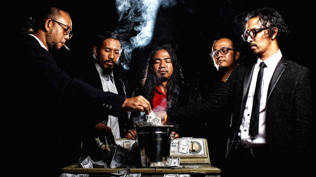 Foto aus Serie «Money Laundry» mit der Indonesischen Heavy Metal Band Burgerkill.