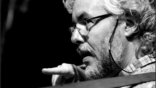 Eduardo Egüez, Leiter des Ensembles La Chimera.