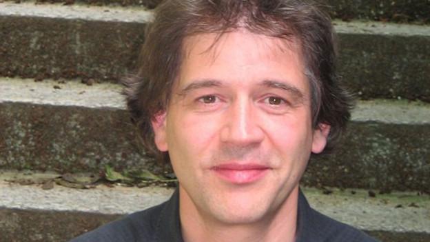 Ernesto Molinari.