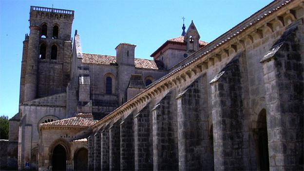 Aussenansicht des königlichen Kloster Santa María la Real de Las Huelgas mit Glockenturm.