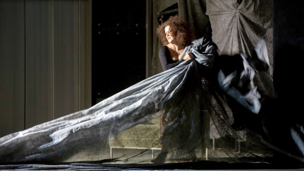 Angelika Kirchschlager als Suzanne in «La mère coupable» am Theater an der Wien