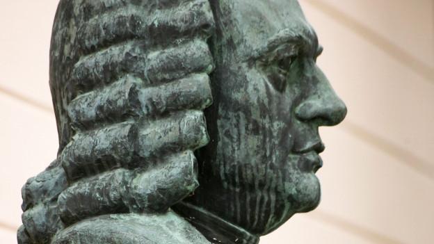 Bronzebüste von Johann Sebastian Bach.