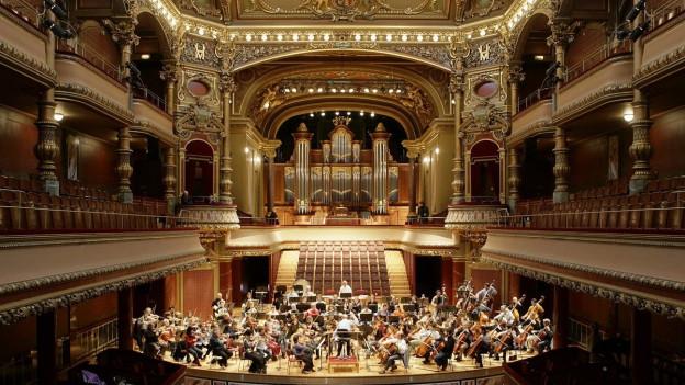 Orchestre de la Suisse Romande spielt Albert Roussel