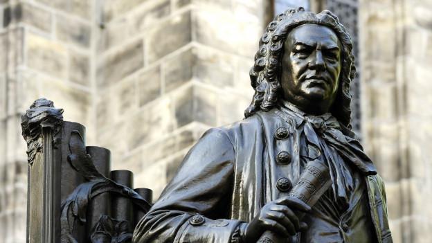 Bach-Denkmal vor der Thomaskirche in Leipzig