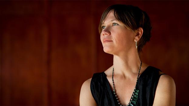 Theresia Bothe singt und komponiert Lieder mit Strassenkindern in Guatemala.