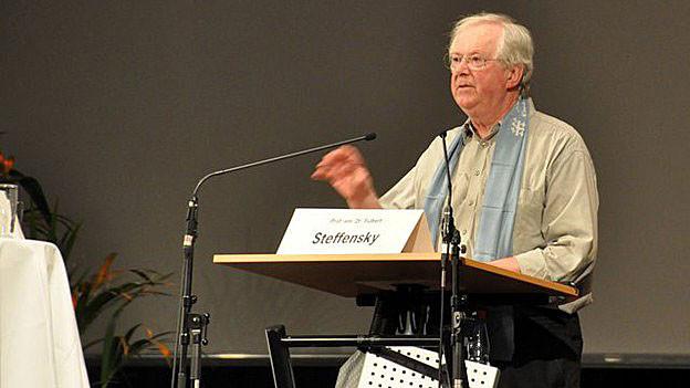 Fullbert Steffensky auf dem Deutschen Evangelischen Kirchentag 2009 in Bremen.