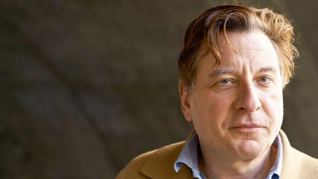 Porträt des Komiker, Schauspielers und Autor Beat Schlatter.