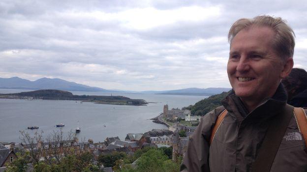 Er hat eine grosse Vorliebe für Schottland: der literarische Reisende Albert M. Debrunner.