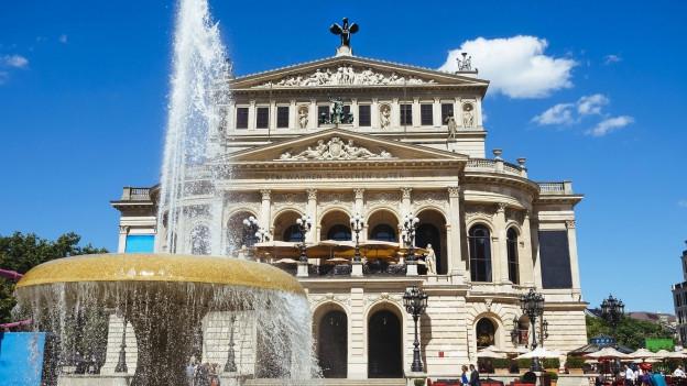 Foto von der frankfurter Alten Oper