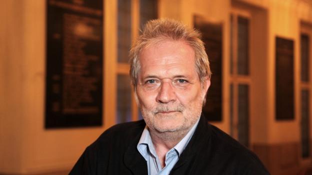 Porträt von Peter Eötvös.